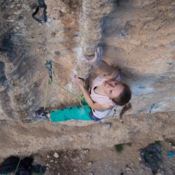 Jana Müller in a nameless 8a