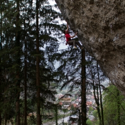 """Thomas Müller in """"Move your Body"""", 8b/+"""