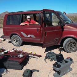 Peter Würth fixing the Car