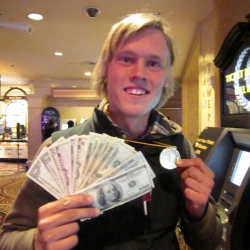 Axel winning 198 $ in Ceasars Palace